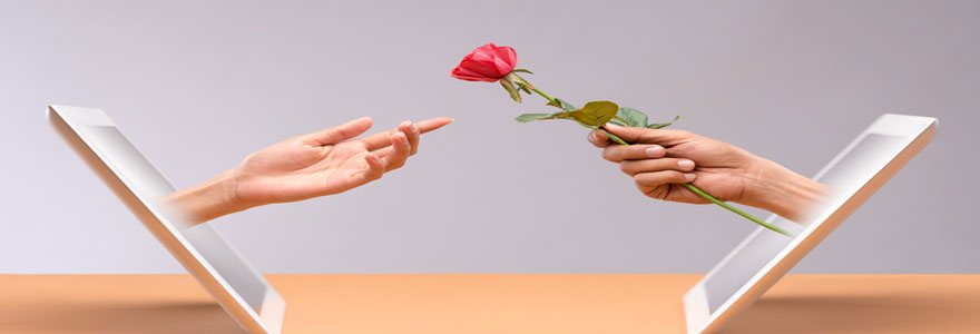 Envoi en ligne de fleurs à une adresse précise pour remplacer une absence